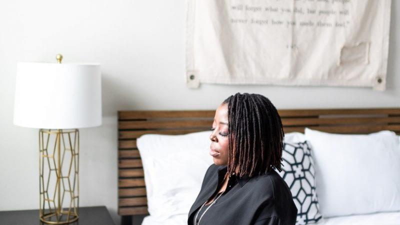 color-joy-stock-business-woman-3 meditating